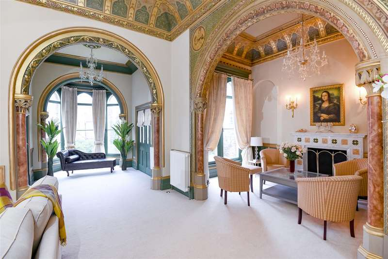 6 Bedrooms House for rent in Lyndhurst Terrace, Hampstead, London, NW3