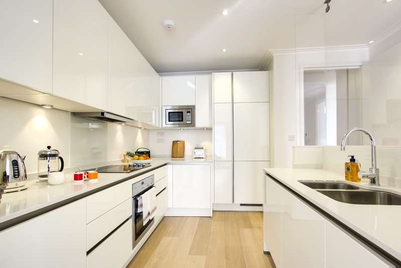 3 Bedrooms Apartment Flat for rent in Teddington