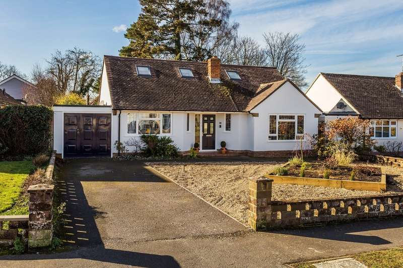 4 Bedrooms Detached House for sale in Fay Road, Horsham