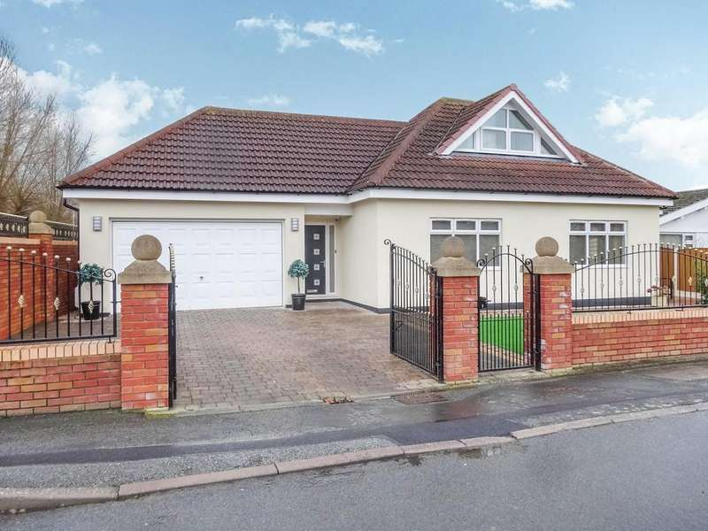 3 Bedrooms Detached Bungalow for sale in Clwyd Park, Kinmel Bay