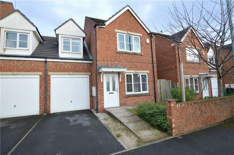 3 Bedrooms Semi Detached House for sale in Stanks Drive, Leeds, West Yorkshire