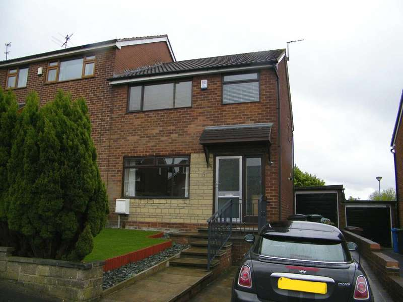 3 Bedrooms Semi Detached House for sale in Scarr Lane, Shaw, Oldham, OL2