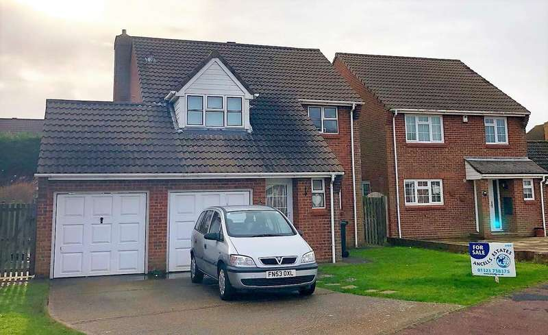 4 Bedrooms Detached House for sale in Hardy Drive, Langney Point, Eastbourne, East Sussex BN23