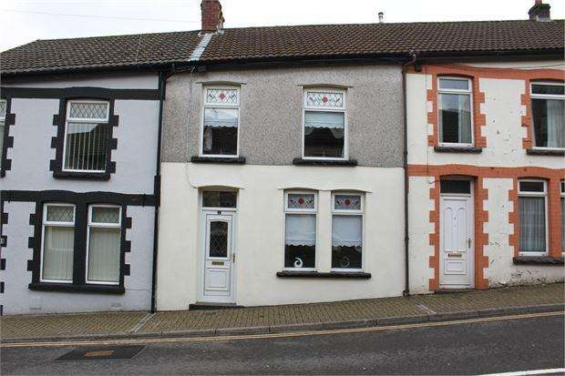 3 Bedrooms Terraced House for sale in Oakdale terrace, Penrhiwfer, Rhondda Cynon Taff. CF40 1RN
