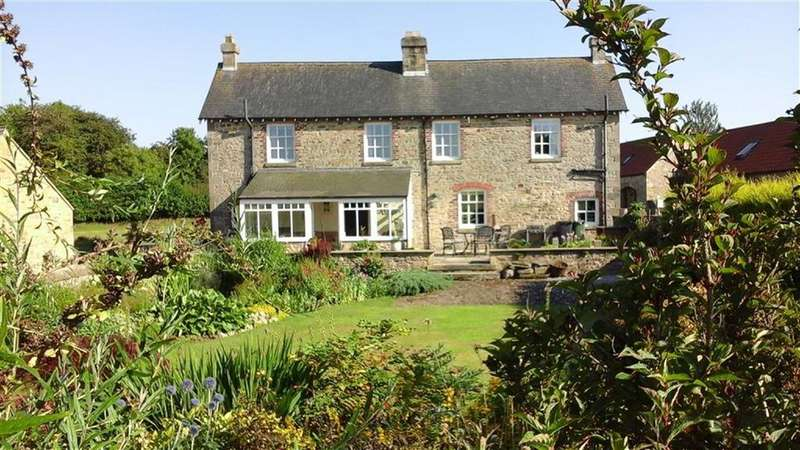4 Bedrooms Detached House for sale in Micklow Hill, Richmond, North Yorkshire