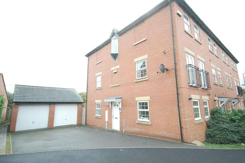 3 Bedrooms Town House for sale in Proclamation Avenue, Rothwell, Kettering