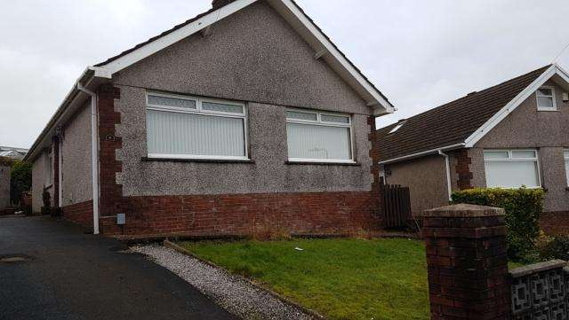 3 Bedrooms Detached House for rent in 6 Gelli Fach Crescent Morriston Swansea