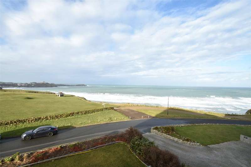 3 Bedrooms Apartment Flat for sale in Lusty Glaze Road, Newquay
