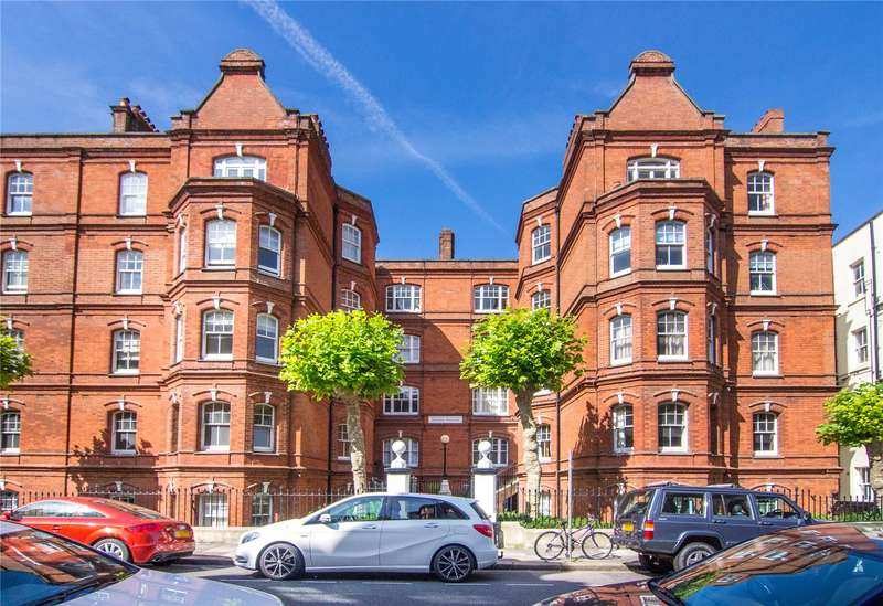 2 Bedrooms Flat for sale in Johnson Mansions, Queen's Club Gardens, Barons Court, West Kensington, W14
