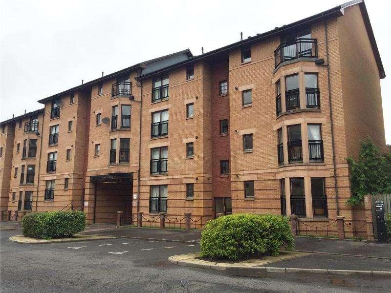 3 Bedrooms Flat for rent in Kelvinhaugh Street, Yorkhill, Glasgow