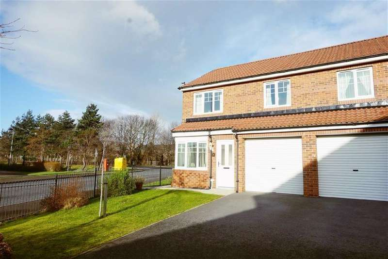 3 Bedrooms Semi Detached House for sale in Coquet Gardens, Wallsend, Tyne And Wear, NE28