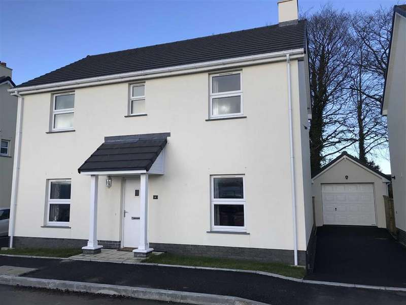 4 Bedrooms Detached House for sale in Northfield Road, Narberth, Pembrokeshire