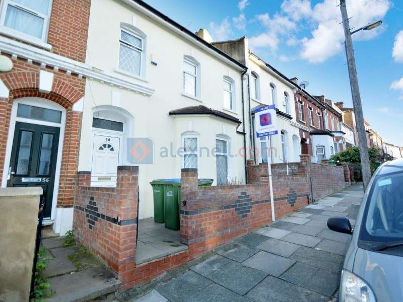 5 Bedrooms Town House for rent in Elmdene Road, Woolwich SE18