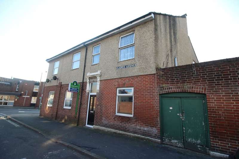 2 Bedrooms Flat for sale in Gladys Avenue, Portsmouth, PO2