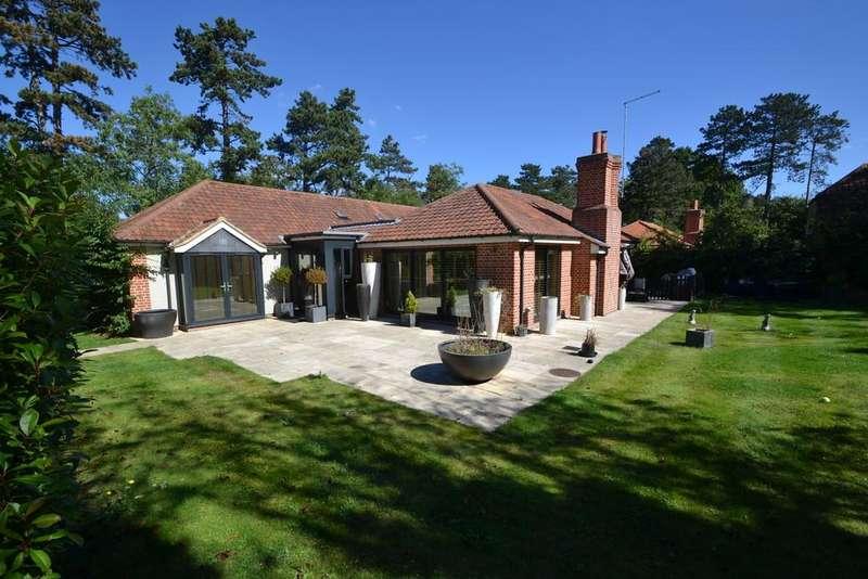 3 Bedrooms Semi Detached Bungalow for sale in Dane O'Coys, Bishops Stortford