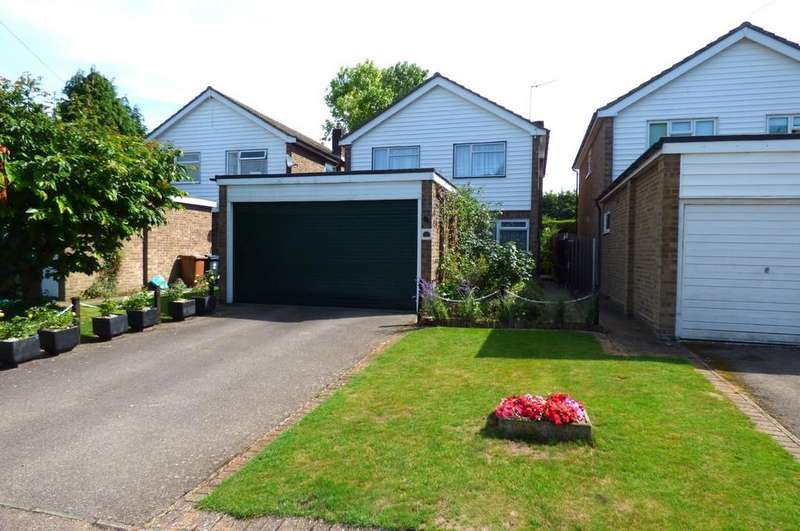 4 Bedrooms Detached House for sale in London Road, Buntingford