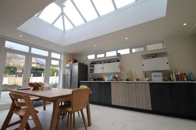 5 Bedrooms Semi Detached House for rent in Mayfield Road, W3