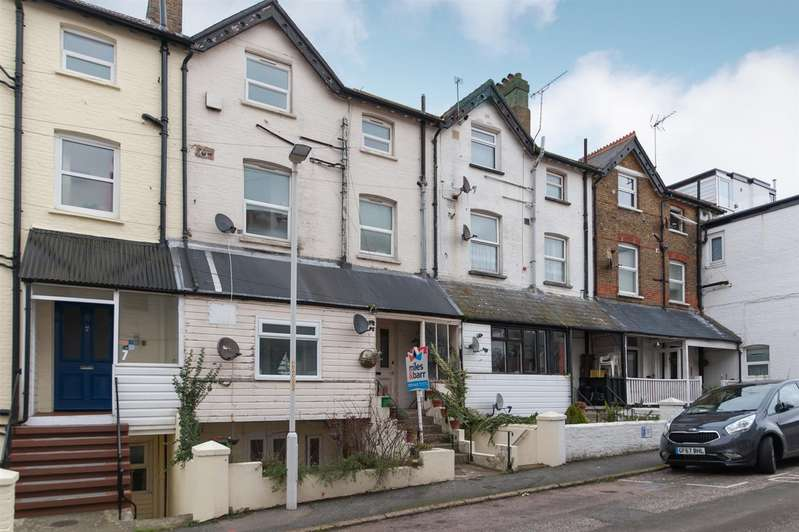 1 Bedroom Flat for sale in Beach Rise, Westgate-On-Sea