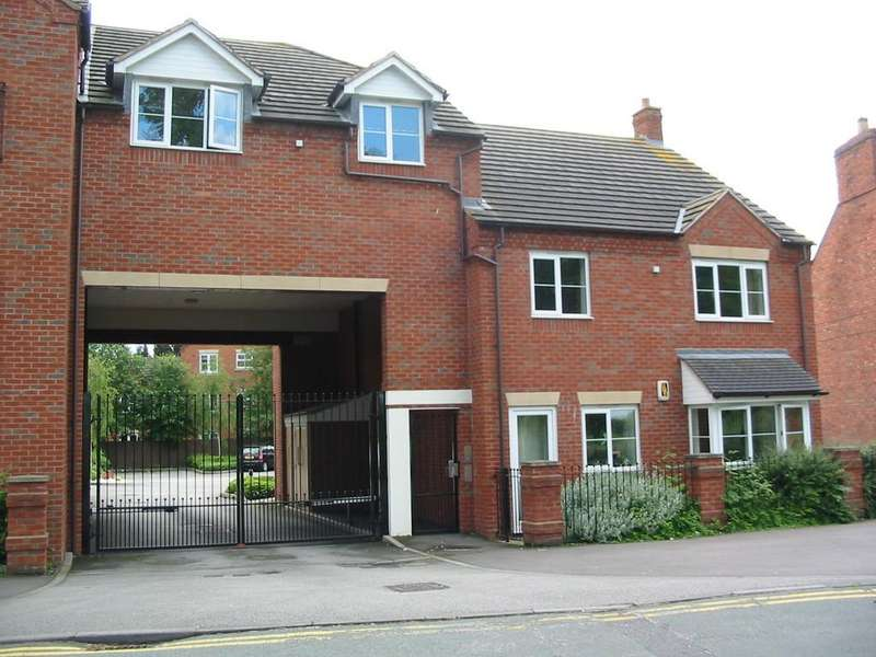 2 Bedrooms Apartment Flat for rent in Tavinor Place, Bonehill Road, B78 3HQ