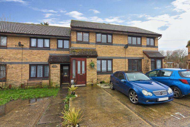 3 Bedrooms Terraced House for sale in Highclere Way, Worthing