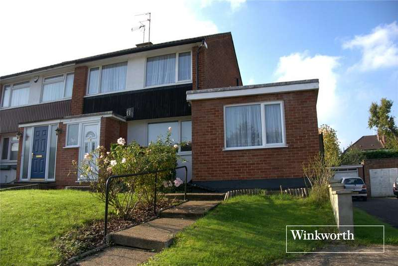 3 Bedrooms Semi Detached House for sale in The Hook, New Barnet, Herts, EN5