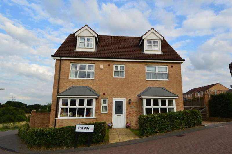 5 Bedrooms Detached House for sale in Beck Way, East Ardsley, Wakefield