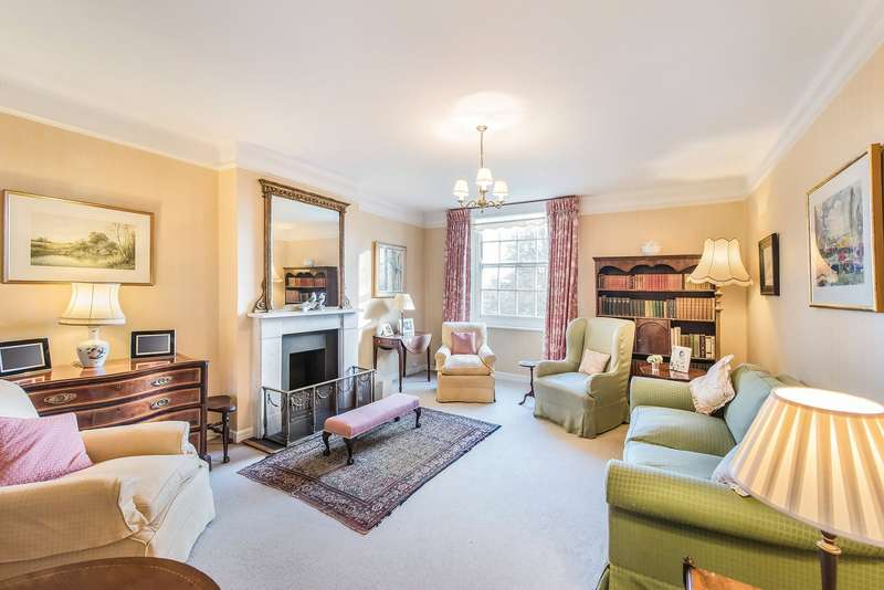 3 Bedrooms Flat for sale in Rivermead Court, Ranelagh Gardens, London, SW6