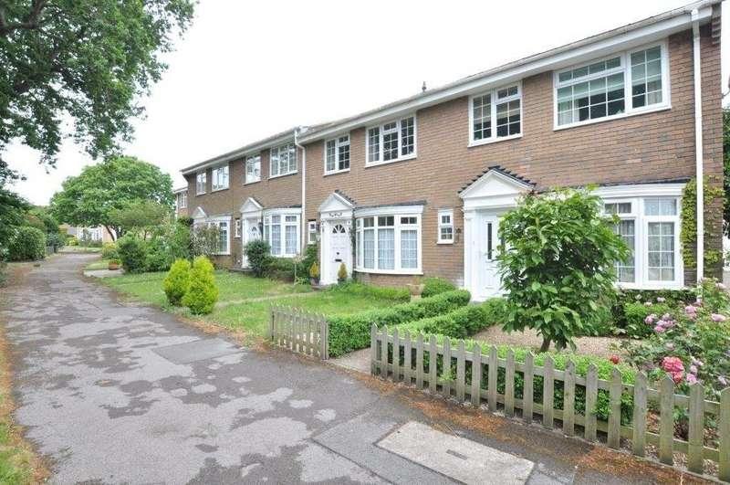 3 Bedrooms Terraced House for rent in Warren Walk, Ferndown