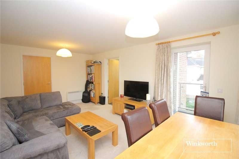2 Bedrooms Maisonette Flat for sale in Kings Court, Alexander Road, St. Albans, Hertfordshire, AL2