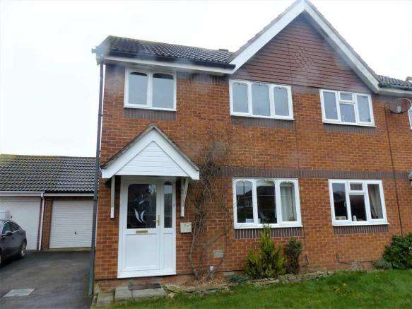 3 Bedrooms Property for sale in Plover Drive, Weymouth, Dorset