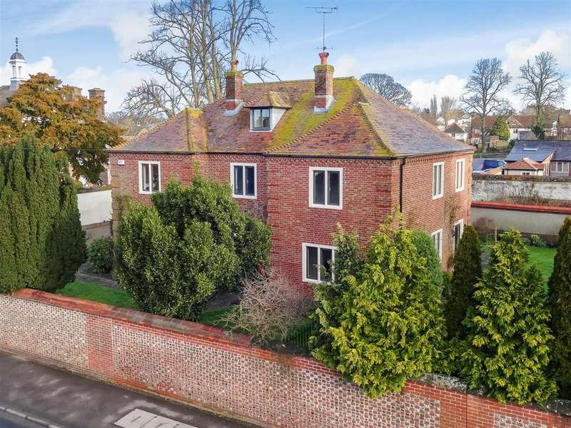 6 Bedrooms Detached House for sale in Amesbury, Wiltshire