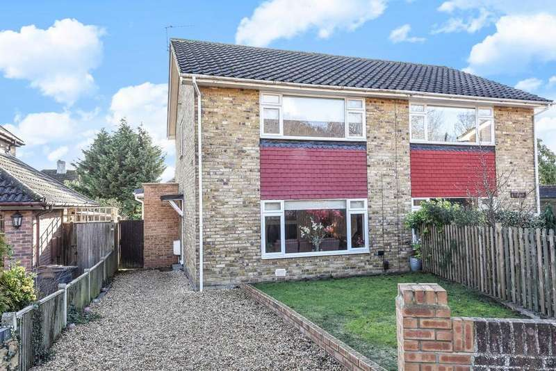 3 Bedrooms Semi Detached House for sale in Gates Green Road, West Wickham