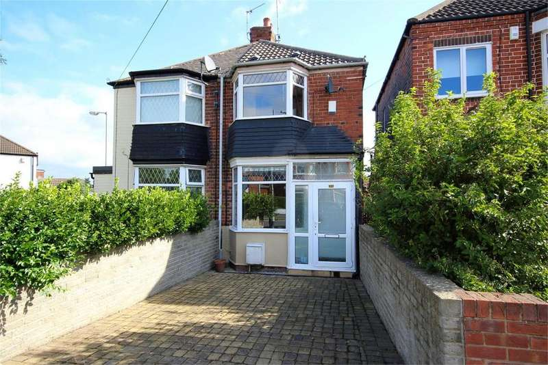 2 Bedrooms Semi Detached House for sale in Belgrave Drive, Hull, HU4