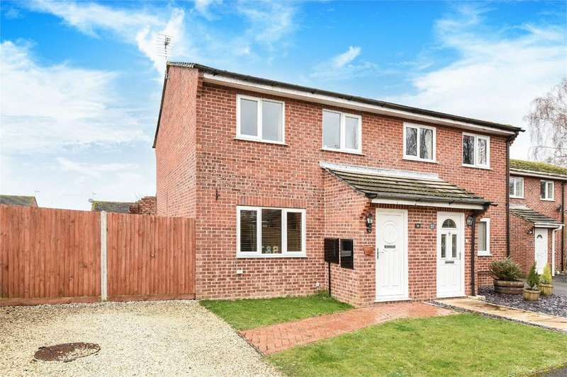 3 Bedrooms Semi Detached House for sale in Lavington Gardens, North Baddesley, Hampshire
