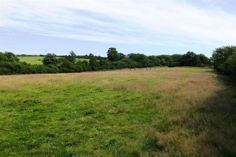 Land Commercial for sale in RESKIVERS, Roseland Peninsula