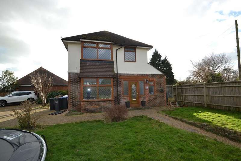3 Bedrooms Detached House for sale in Littlehampton Road, Worthing, West Sussex, BN13 1QU