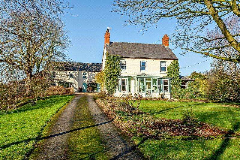 5 Bedrooms Detached House for sale in Hampton, Malpas, Cheshire