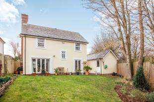 4 Bedrooms Detached House for sale in Carmel Close, Chartham, Canterbury, Kent