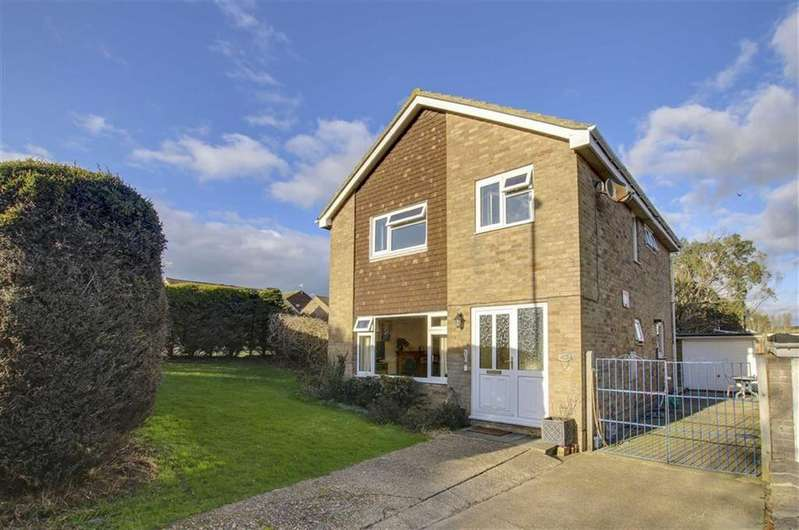 4 Bedrooms Detached House for sale in Barn Rise, SEAFORD