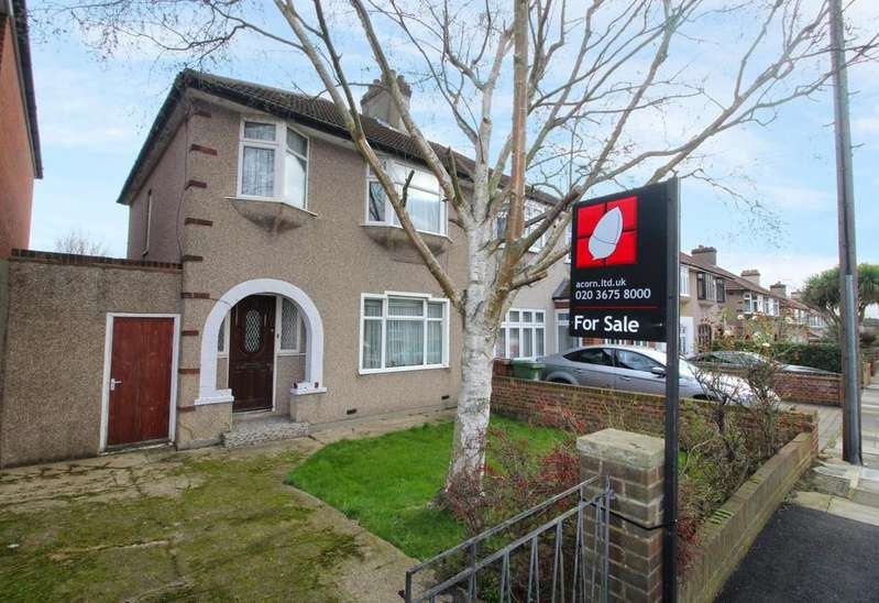 3 Bedrooms Semi Detached House for sale in Ashbourne Avenue Bexleyheath DA7