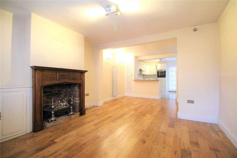 2 Bedrooms Cottage House for rent in Windmill Lane, Bushey Heath, Bushey, Hertfordshire, WD23