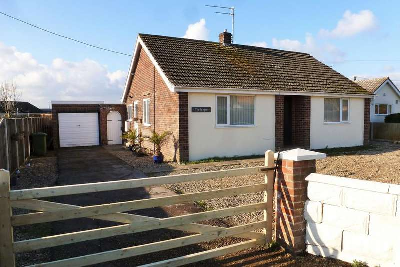 2 Bedrooms Detached Bungalow for sale in Trunch