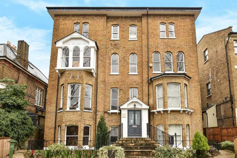 3 Bedrooms Flat for sale in Underhill Road, East Dulwich