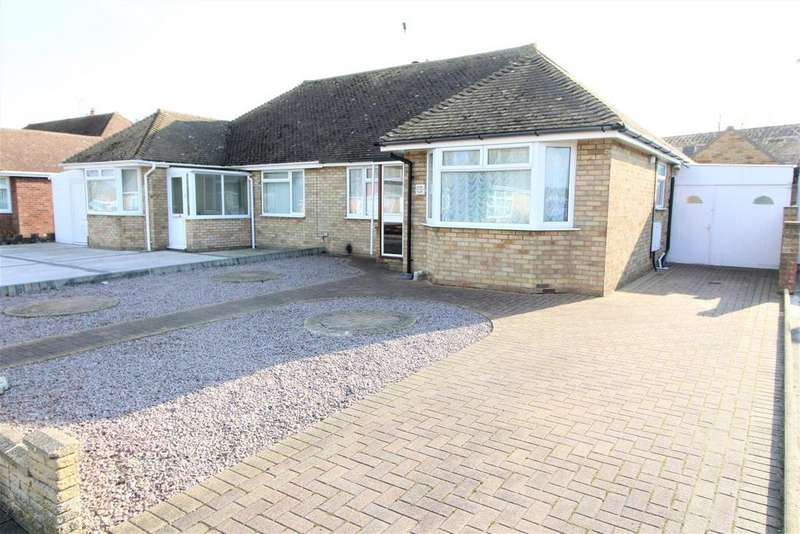 2 Bedrooms Semi Detached Bungalow for sale in Walden Way, Frinton-On-Sea