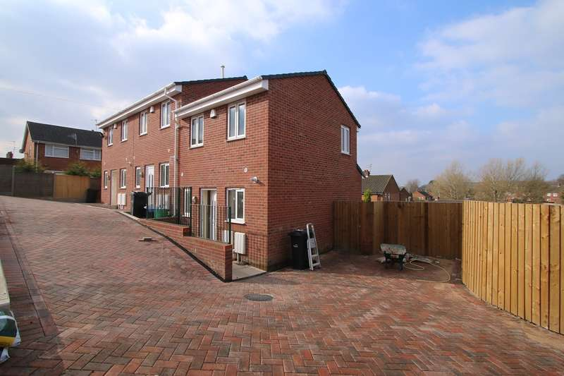 2 Bedrooms End Of Terrace House for rent in Budnam Brook Court, Brierley Hill, DY5