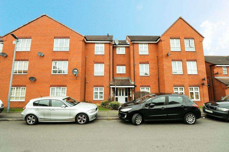 2 Bedrooms Apartment Flat for sale in Lissimore Drive, Tipton