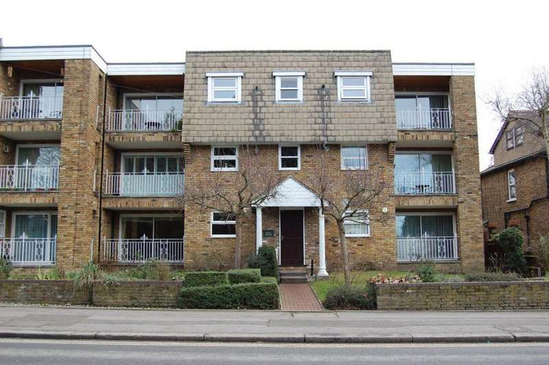 2 Bedrooms Apartment Flat for sale in High Road, Buckhurst Hill, IG9