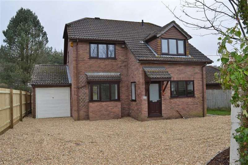 4 Bedrooms Detached House for sale in Middlehill Road, Wimborne, Dorset