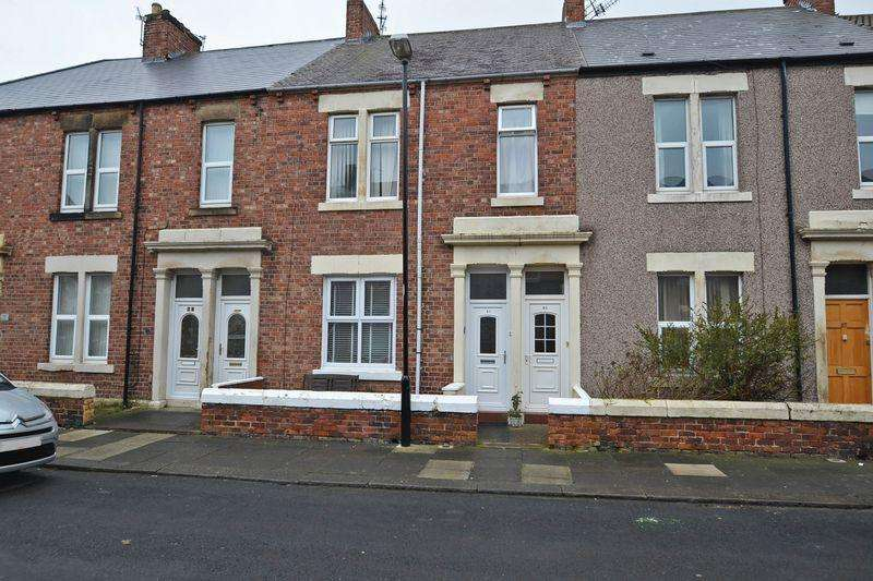 2 Bedrooms Flat for sale in Chirton West View, North Shields