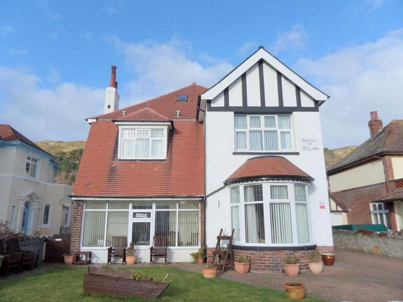7 Bedrooms Detached House for sale in Gloddaeth Avenue, Llandudno